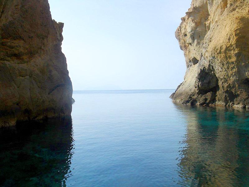 Σπηλιά της Γερακιάς