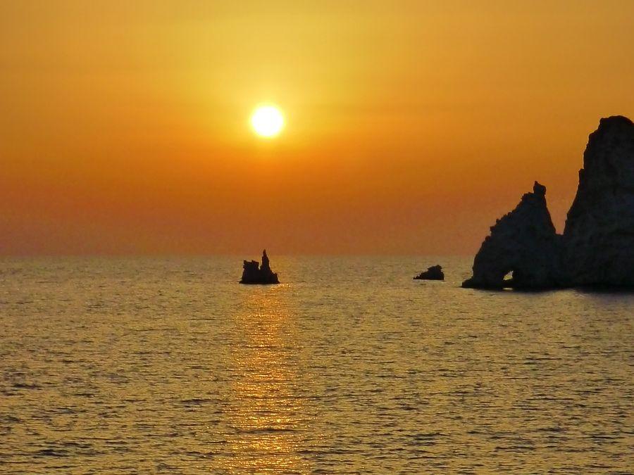 Ηλιοβασίλεμα στα Μαυροσπήλια